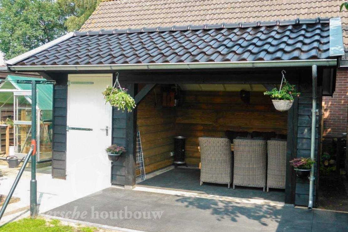 Veranda Met Schuur : Schuur met veranda u houten schuur met overkapping